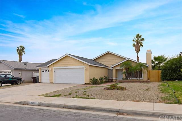 15297 Black Shadow Drive, Moreno Valley, CA 92551 (#SW19267786) :: The Brad Korb Real Estate Group