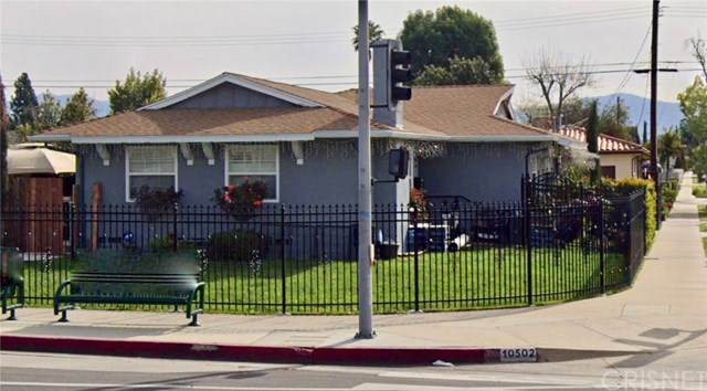 10502 Woodley Avenue, Granada Hills, CA 91344 (#SR19268739) :: Faye Bashar & Associates