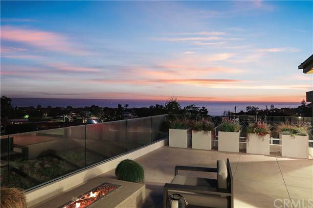 504 Hazel Drive, Corona Del Mar, CA 92625 (#NP19267968) :: Allison James Estates and Homes