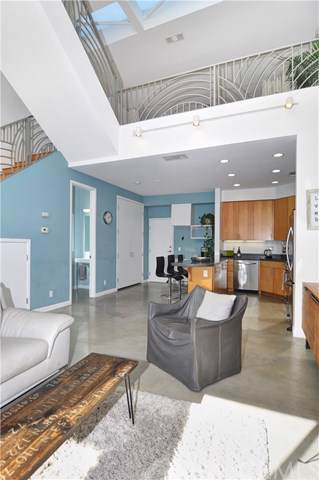 637 E 4th Street A, Long Beach, CA 90802 (#PW19269059) :: Sperry Residential Group