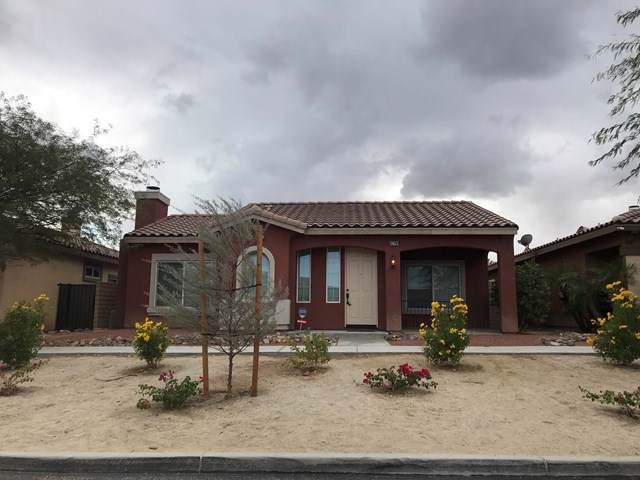 67761 Rio Vista Drive, Cathedral City, CA 92234 (#219034232DA) :: Z Team OC Real Estate