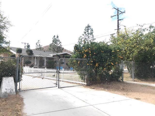 4386 Ambs Drive, Riverside, CA 92505 (#IV19269153) :: California Realty Experts