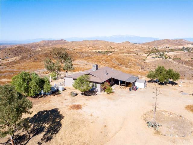 23545 La Belle Lane, Lake Mathews, CA 92570 (#SW19268561) :: California Realty Experts