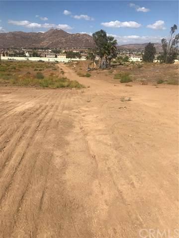 22193 Cottonwood Avenue, Moreno Valley, CA 92553 (#IV19269286) :: The Brad Korb Real Estate Group