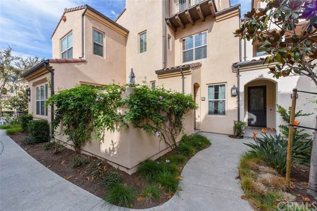 70 Bronze Leaf, Irvine, CA 92620 (#OC19266474) :: The Danae Aballi Team