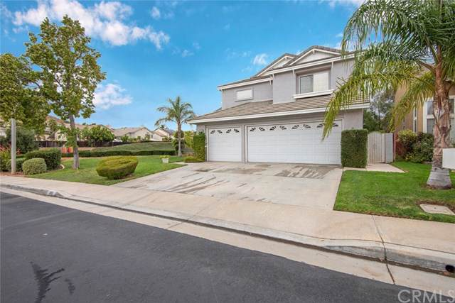 1893 Stonehaven Drive, Corona, CA 92879 (#PW19269889) :: Rogers Realty Group/Berkshire Hathaway HomeServices California Properties