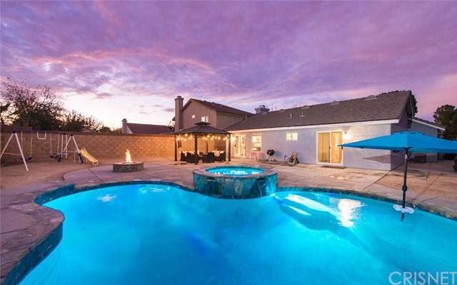 3036 Holline Court, Lancaster, CA 93535 (#SR19270027) :: The Brad Korb Real Estate Group