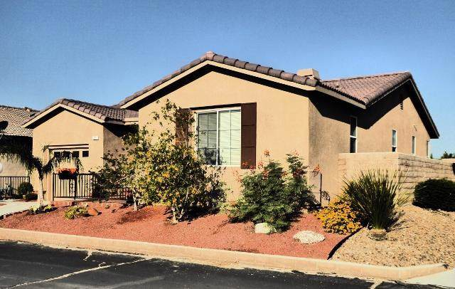 65565 Acoma Avenue #1, Desert Hot Springs, CA 92240 (#219034310PS) :: Re/Max Top Producers