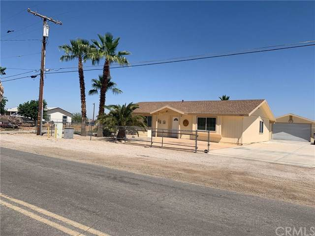 2049 Riviera Drive, Blythe, CA 92225 (#TR19270062) :: J1 Realty Group