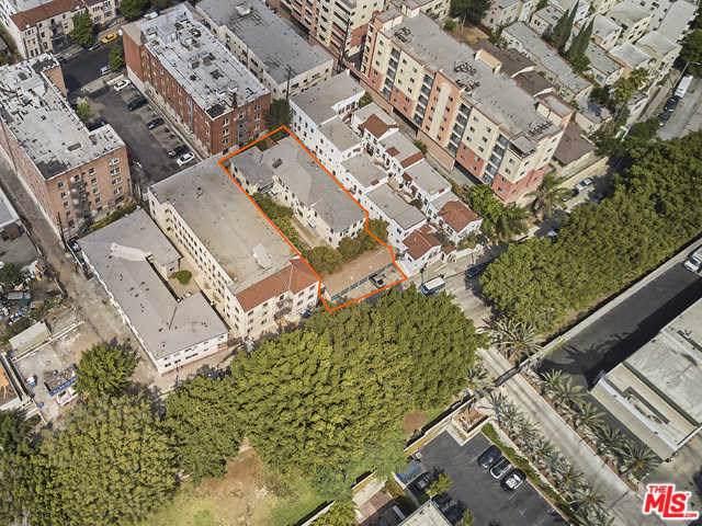 501 Loma Drive, Los Angeles (City), CA 90017 (#19531300) :: Cal American Realty
