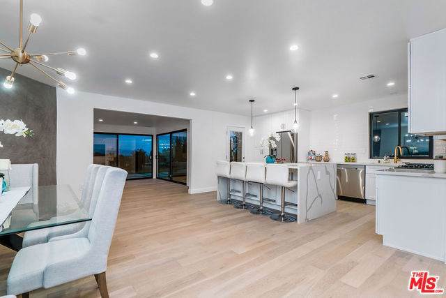7034 Middlesbury Ridge Circle, West Hills, CA 91307 (#19531936) :: Sperry Residential Group