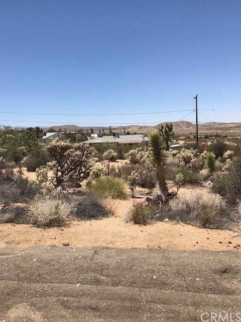 0 Granada Drive, Joshua Tree, CA 92252 (#JT19270434) :: Team Tami