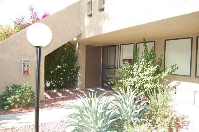 445 Bradshaw Lane #33, Palm Springs, CA 92262 (#219034452PS) :: Crudo & Associates