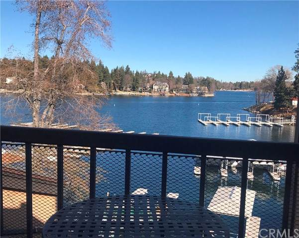 4 Village Bay F, Lake Arrowhead, CA 92352 (#EV19270844) :: Allison James Estates and Homes