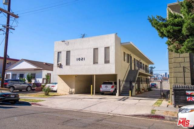 1021 S Kingsley Drive, Los Angeles (City), CA 90006 (#19532538) :: Sperry Residential Group