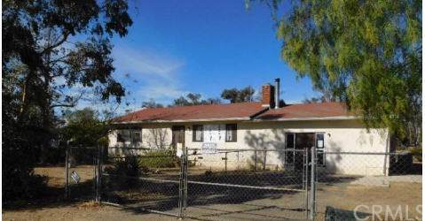 411 Washington Street, Ramona, CA 92065 (#IV19271303) :: J1 Realty Group