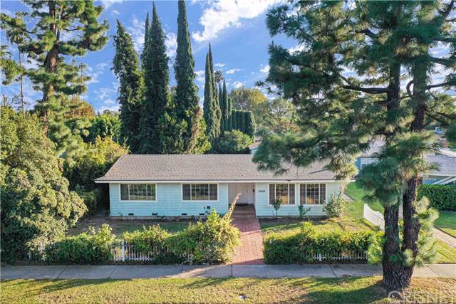 15928 Devonshire Street, Granada Hills, CA 91344 (#SR19271251) :: Fred Sed Group