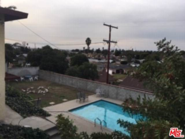 2401 W 102ND Street #1, Inglewood, CA 90303 (#19532662) :: Sperry Residential Group