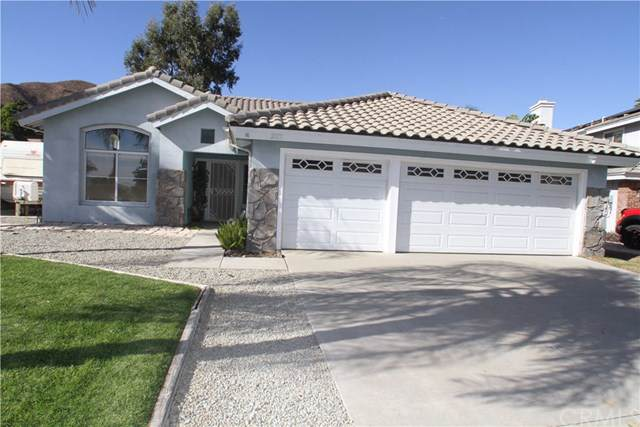 29113 Tradewinds Circle, Lake Elsinore, CA 92530 (#RS19271782) :: The Miller Group