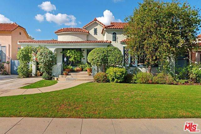 825 S Muirfield Road, Los Angeles (City), CA 90005 (#19530238) :: Sperry Residential Group