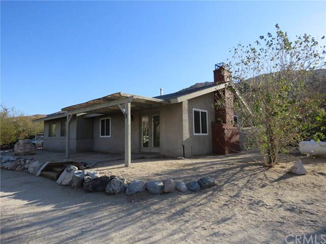 9325 Craver Road, Morongo Valley, CA 92256 (#JT19272585) :: Sperry Residential Group