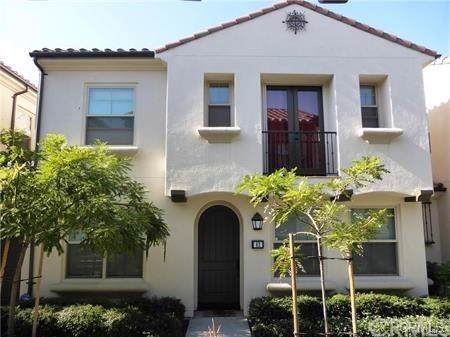 62 Emerald Clover, Irvine, CA 92620 (#OC19272960) :: The Danae Aballi Team