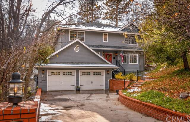 26461 Hillcrest Lane, Lake Arrowhead, CA 92352 (#EV19272991) :: Allison James Estates and Homes