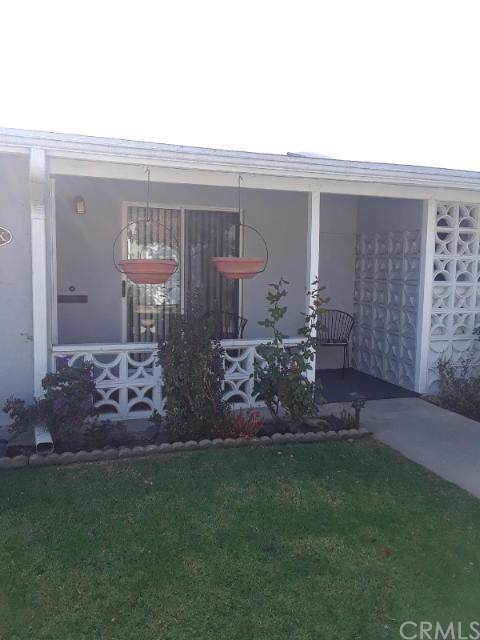 1562 Golden Rain Road 44K, Seal Beach, CA 90740 (#PW19273194) :: Allison James Estates and Homes