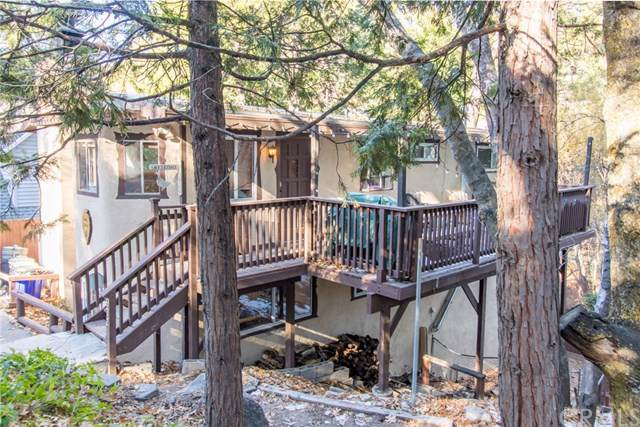972 Mecham Drive, Lake Arrowhead, CA 92352 (#EV19270913) :: Berkshire Hathaway Home Services California Properties