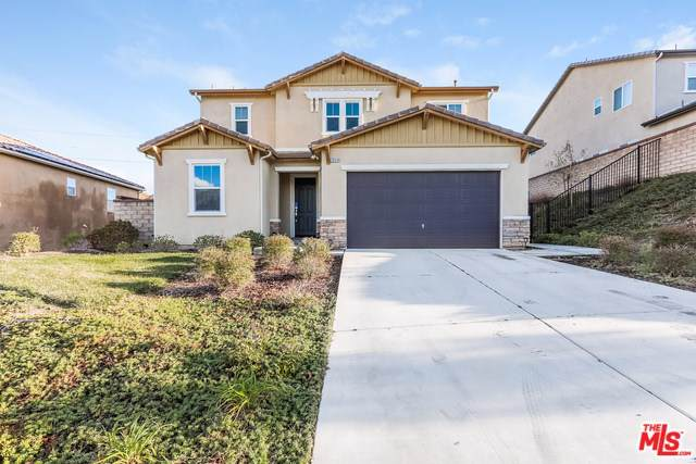 20516 Suzie Lane, Saugus, CA 91350 (#19533422) :: Sperry Residential Group