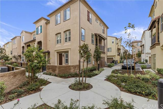 6351 Aquila Way, Eastvale, CA 91752 (#IG19271360) :: Mainstreet Realtors®