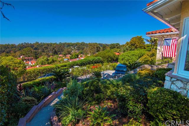 2416 Via Ramon, Palos Verdes Estates, CA 90274 (#PW19273669) :: Go Gabby