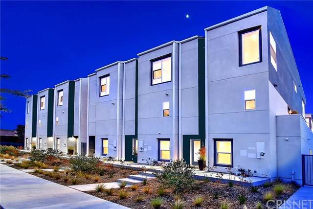 4825 Craner, North Hollywood, CA 91601 (#SR19273928) :: Sperry Residential Group