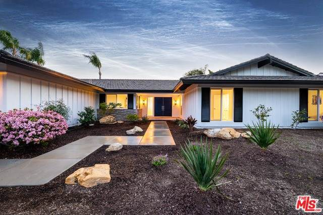 1159 Woodridge Avenue, Thousand Oaks, CA 91362 (#19533608) :: Crudo & Associates