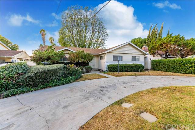 8609 Aqueduct Avenue, North Hills, CA 91343 (#SR19272367) :: Mainstreet Realtors®