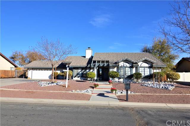 13443 Havasu Road, Apple Valley, CA 92308 (#CV19273704) :: The Costantino Group | Cal American Homes and Realty