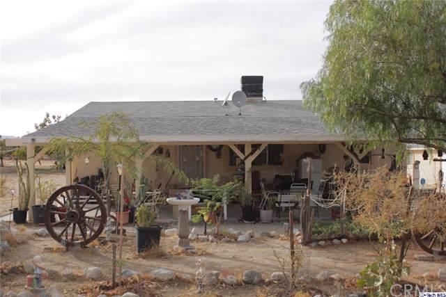11924 Mountain Road, Pinon Hills, CA 92372 (#319004729) :: Millman Team