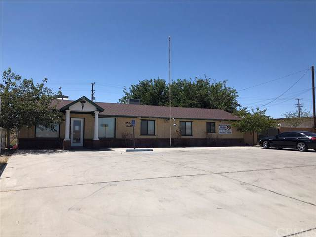 2500 E Main Street, Barstow, CA 92311 (#IN19274320) :: Sperry Residential Group