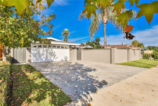 1622 Myrtlewood Street, Costa Mesa, CA 92626 (#PW19275341) :: Sperry Residential Group