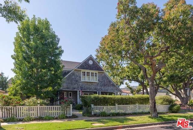 743 Almar Avenue, Pacific Palisades, CA 90272 (#19534514) :: Sperry Residential Group