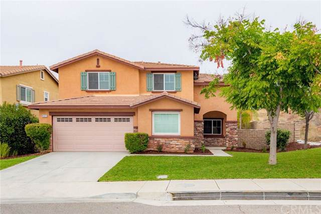 45012 Starina Street, Lake Elsinore, CA 92532 (#IG19258314) :: A|G Amaya Group Real Estate