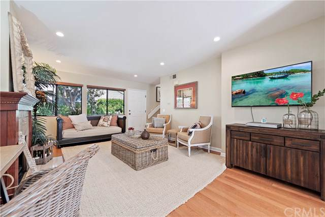 6 Summerwalk Court #31, Newport Beach, CA 92663 (#NP19275759) :: Sperry Residential Group