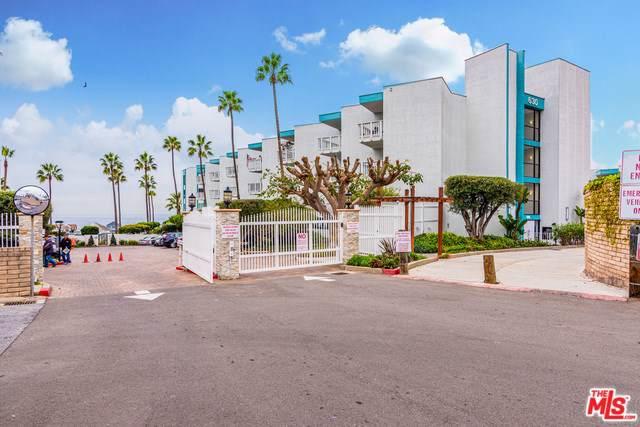 630 The Village #103, Redondo Beach, CA 90277 (#19534636) :: Keller Williams Realty, LA Harbor