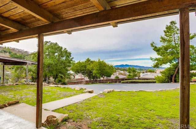 3122 Reed Road, Escondido, CA 92027 (#190063871) :: Sperry Residential Group