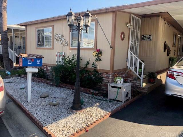 10001 W Frontage Road #190, South Gate, CA 90280 (#RS19243582) :: RE/MAX Estate Properties