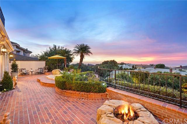 55 Montecito Drive, Corona Del Mar, CA 92625 (#NP19275605) :: Sperry Residential Group