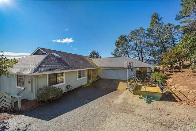16046 Eagle Rock Road, Hidden Valley Lake, CA 95467 (#LC19275967) :: Allison James Estates and Homes