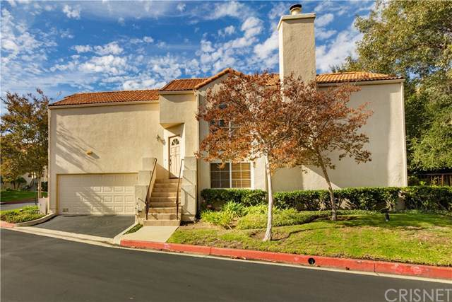 11327 Old Ranch Circle, Chatsworth, CA 91311 (#SR19274610) :: Allison James Estates and Homes
