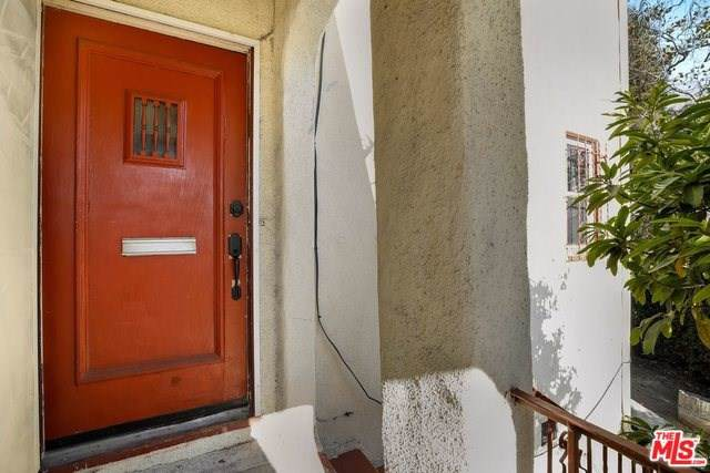 5129 Edgewood Place, Los Angeles (City), CA 90019 (#19530394) :: Allison James Estates and Homes