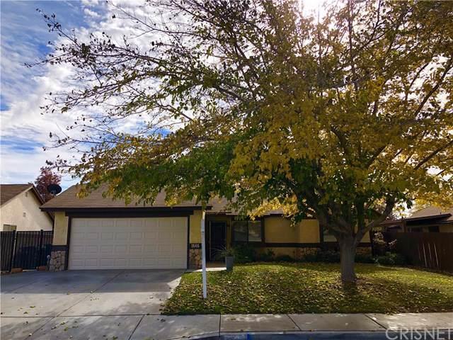 1646 W Avenue K10, Lancaster, CA 93534 (#SR19276195) :: Allison James Estates and Homes